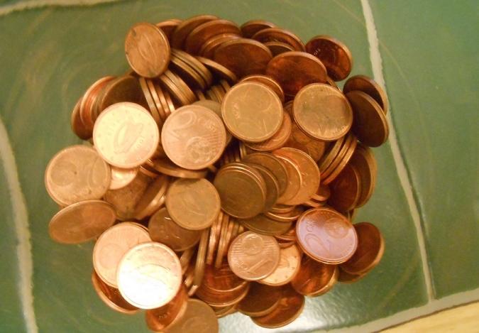 Greuge entre cobrar salari mínim o subsidi pandèmic