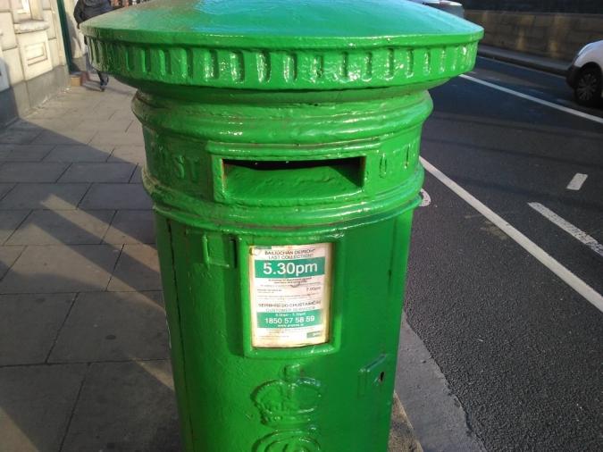 El govern no preveu d'ampliar el vot postal, per ara