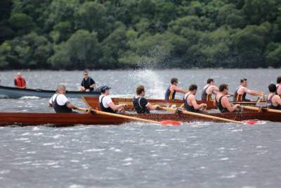 Derrota d'Oxford i Cambridge a la regata de Killarney