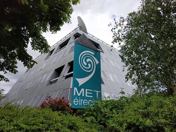 Barbacoes i sessions de golf suspeses per Met Éireann
