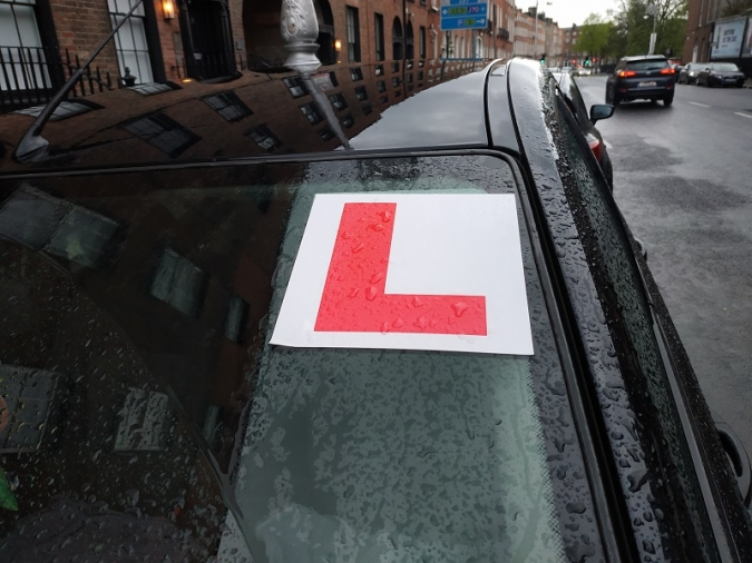 L'examen pràctic de conduir i la ITV hauran d'esperar