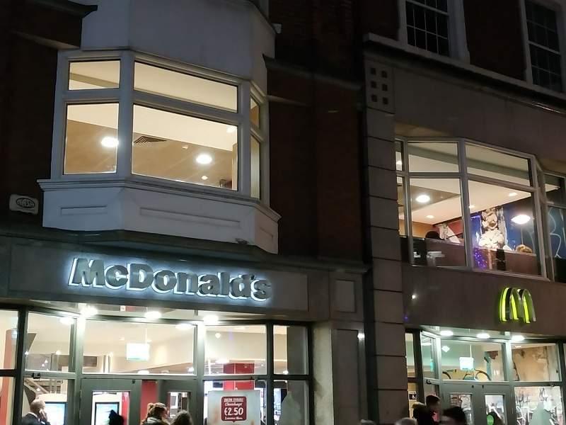 McDonald's engega un servei a domicili, el McDelivery